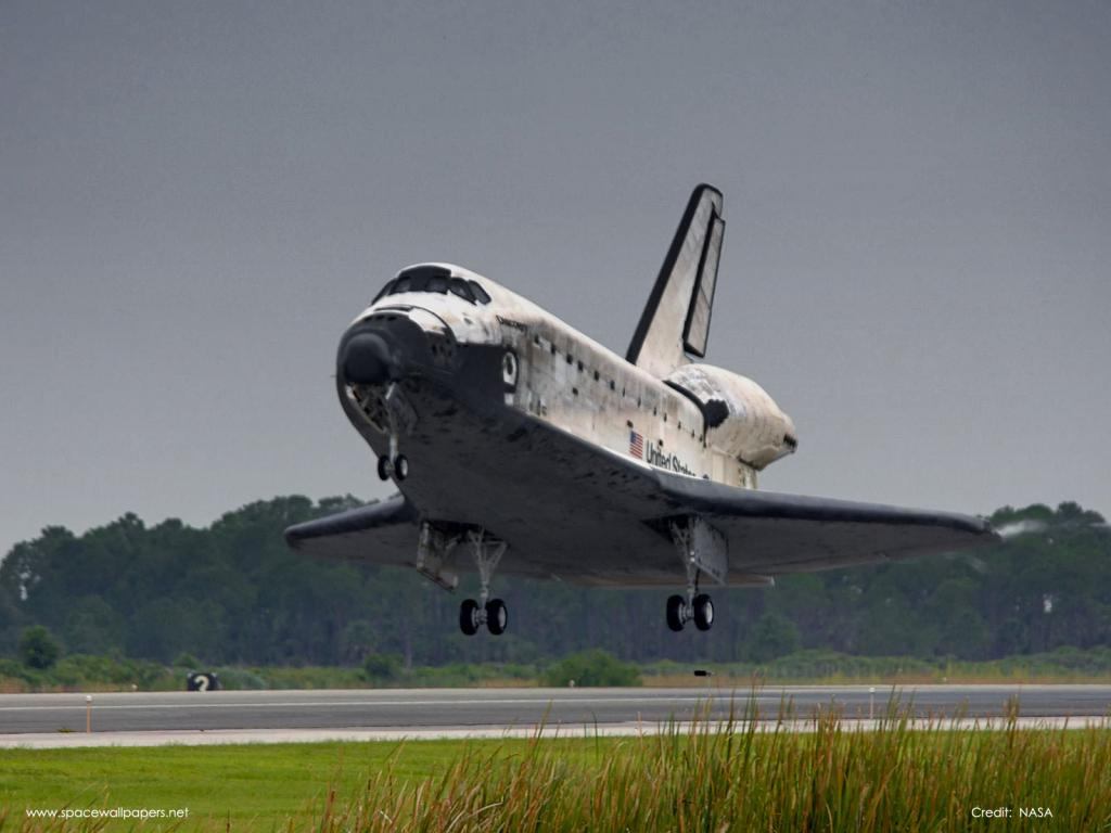 Discovery Landing STS121.jpg