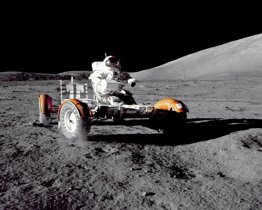 Lunar Mobile.jpg