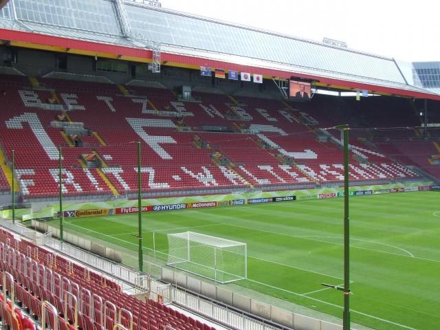 Fritz-Walter-Stadion 01
