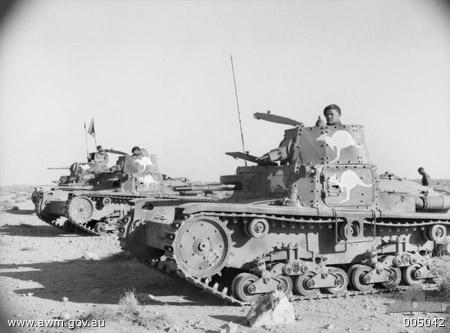 Captured_Italian_tanks_005042.jpg