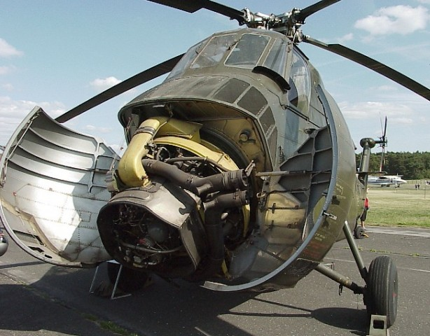 ghjSy_H-34_Motor.JPG